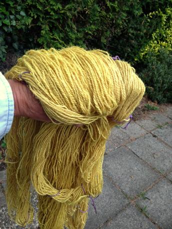 200 gram geel geverfde jute